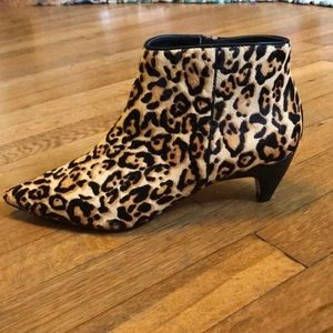 SPLENDID Dante ankle boot leopard calf hair sz 7.5